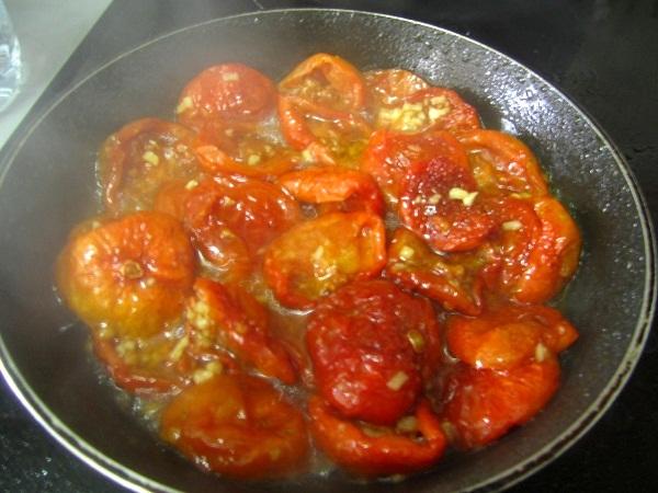 crostini-de-tomates-queso-y-albahaca (2)