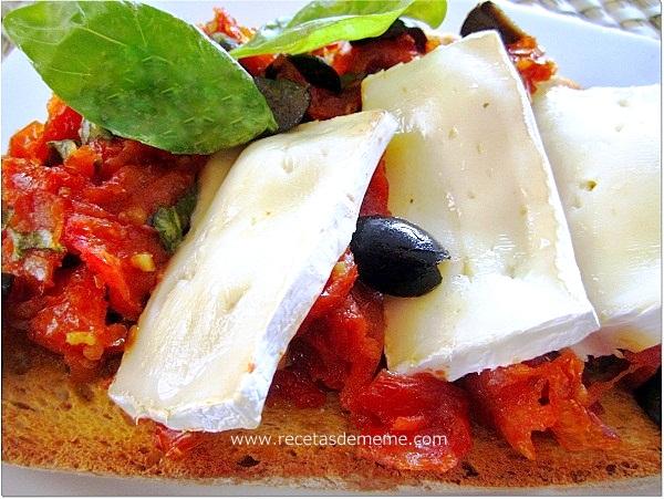 crostini-de-tomates-queso-y-albahaca (6)