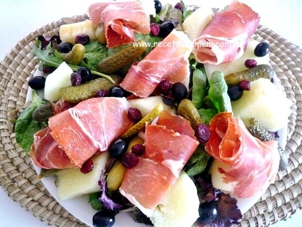 ensalada-con-melón-y-jamón-serrano (6)