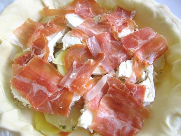 pastel-campesino-con-patatas-y-queso (3)