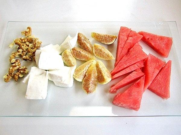 ensalada-con-sandía-y-queso (1)